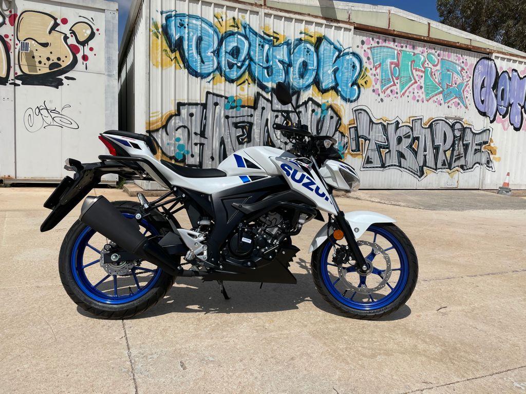 Imagen motocicleta A1